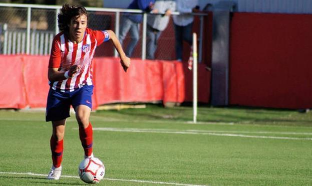 ПСЖ цікавиться 17-річним гравцем Атлетіко