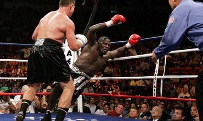 Одного разу колишній суперник Кличка випав з рингу, а в залі почалася бійка. ВІДЕО