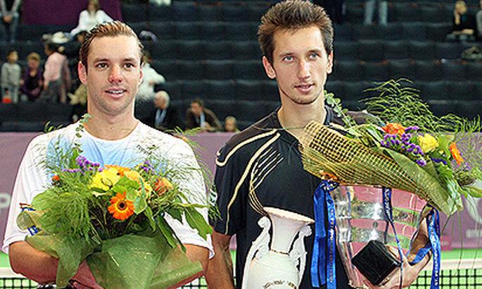 Санкт-Петербург-2009 – час Стаховського: обіграв Сафіна і взяв титул з двох матч-болів