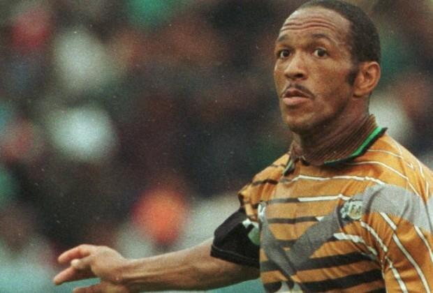 Футбол сильнее апартеида: как сборная ЮАР довела до слез Манделу - изображение 3