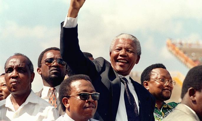 Футбол сильніший за апартеїд: як збірна ПАР довела до сліз Нельсона Манделу - изображение 1