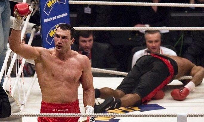 Однажды Стюард мотивировал Кличко на яркий нокаут в последнем раунде. ВИДЕО