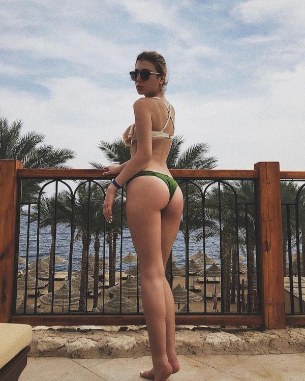 Денис Попов против фото его девушки в купальниках и она удалила их. Но интернет все запомнил. ФОТО - изображение 4