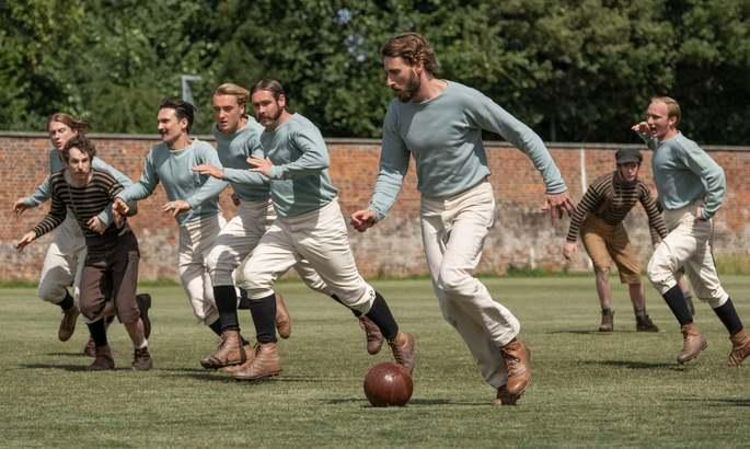 Создатель Аббатства Даунтон снял для Netflix сериал о футболе. Стоит ли смотреть?