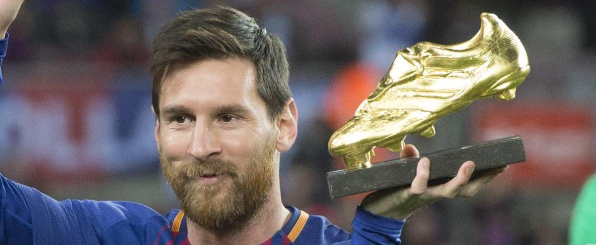 П'ятнадцять років тому Лео Мессі забив перший гол за основну команду Барселони. Розпочалася ера генія - изображение 3