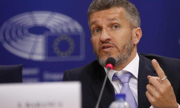 Глава по этике УАФ: Павелко находится под атаками. Иногда эти атаки вообще лишены смысла