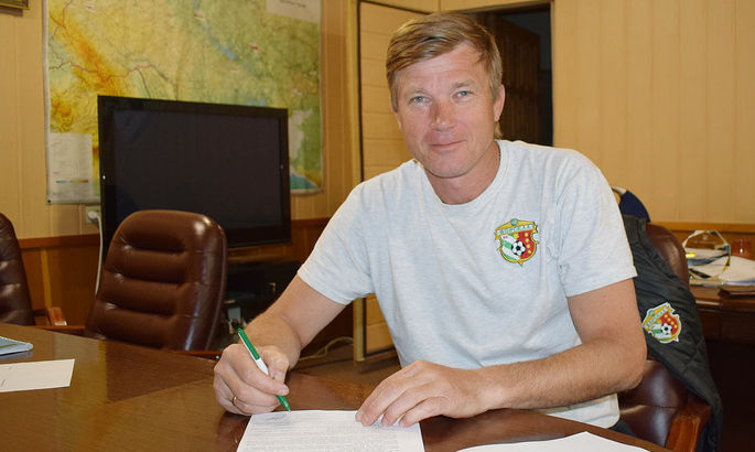 Юрій Максимов і його тренерський штаб продовжили угоду з Ворсклою