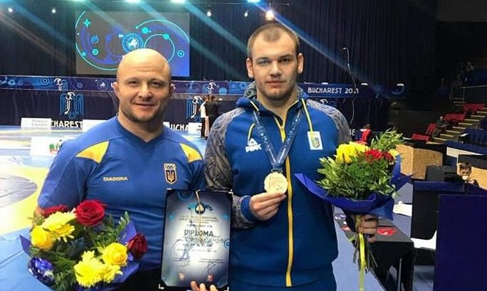 Тренер Грицая обвинил Усика и Ломаченко в связах с ФСБ