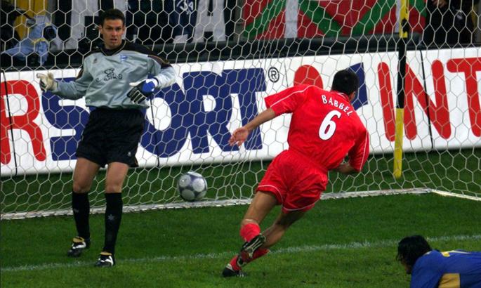 19 лет назад состоялся, возможно, самый яркий финал в истории Кубка УЕФА. В нем было девять голов