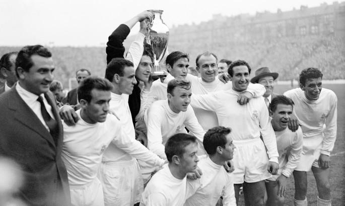 Десять голов на двоих! 60 лет назад состоялся самый результативный финал Кубка Чемпионов