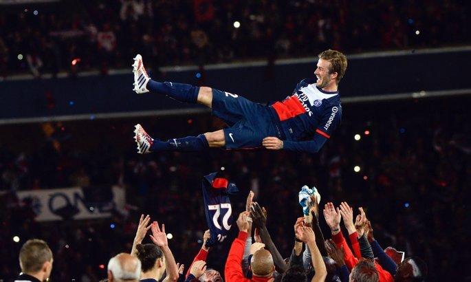 7 лет назад Бекхэм провел последний матч - УЕФА подготовил яркую нарезку моментов англичанина