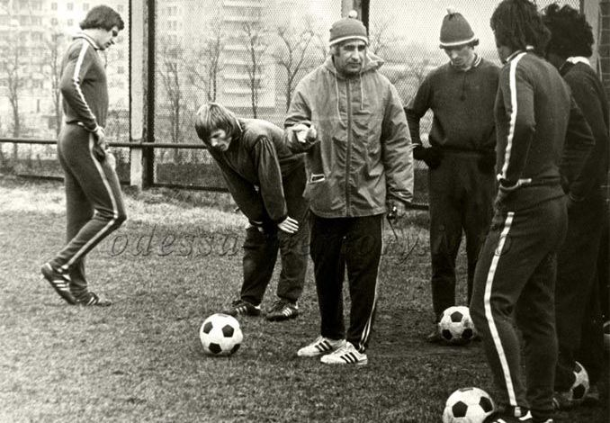 Футбол сродни музыке - в него нужно играть по нотам. Ахмед Алескеров, бронзовый новатор Черноморца - изображение 3