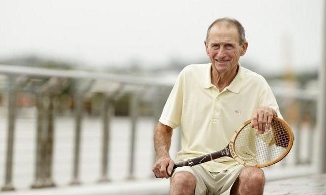 Умер легендарный австралийский теннисист