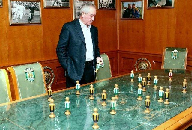 1997 и 1998 годы - лучшие в истории Карпат. Маркевич дважды обыграл Лобановского и сделал Львов третьим - изображение 2