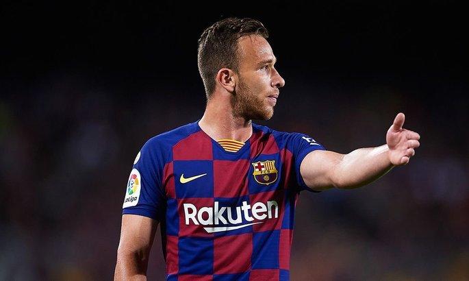 Барселоні не можна продавати Артура. Бразилець ідеально вписується в модель Сетьєна