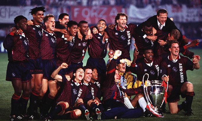 Конец доминирования Милана. 25 лет назад Аякс выиграл ЛЧ благодаря голу 18-летнего Клюйверта