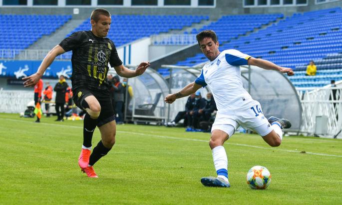 Карлос де Пена обіцяє скористатися елементом несподіванки для воротаря при подачі кутового