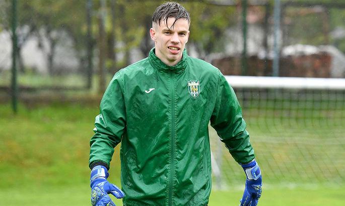 Вратарь Карпат сообщил о форсировании подготовки к возобновлению сезона в УПЛ