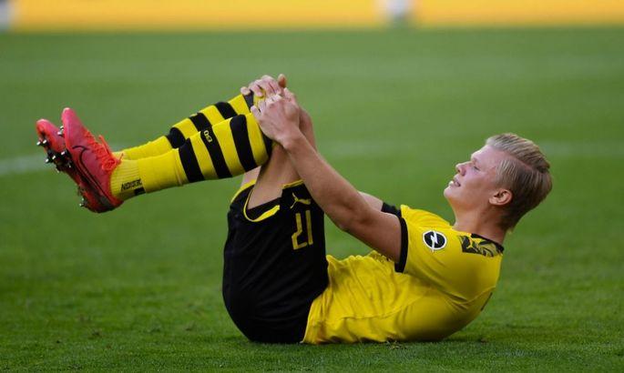 Арбитр наступил на ногу: Холанд получил травму в игре с Баварией