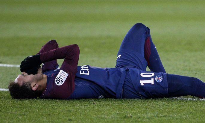 """""""Как идиоты?"""" L'Equipe раскритиковала досрочное завершение Лиги 1 на фоне возобновления других чемпионатов"""