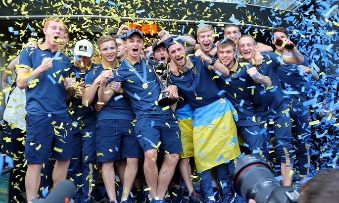 С небес на землю: как проводят сезон чемпионы мира U-20