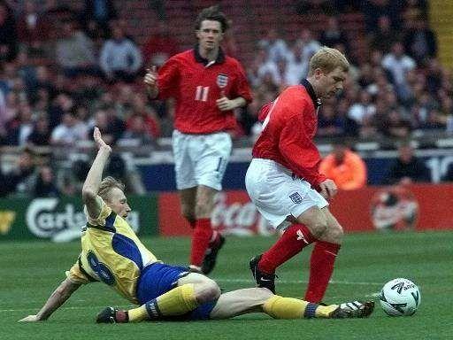 В этот день двадцать лет назад Украина впервые сыграла против Англии. Подопечные Лобановского не сделали сенсацию - изображение 2