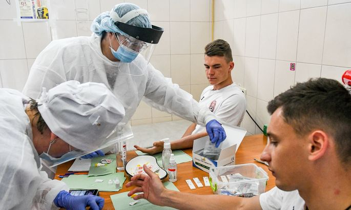 Заря сдала очередной тест на коронавирус. Результат негативный