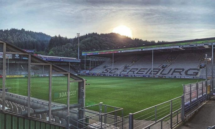 Фрайбург - Боруссия Менхенгладбах. Смотреть онлайн прямую видеотрансляцию матча Бундеслиги