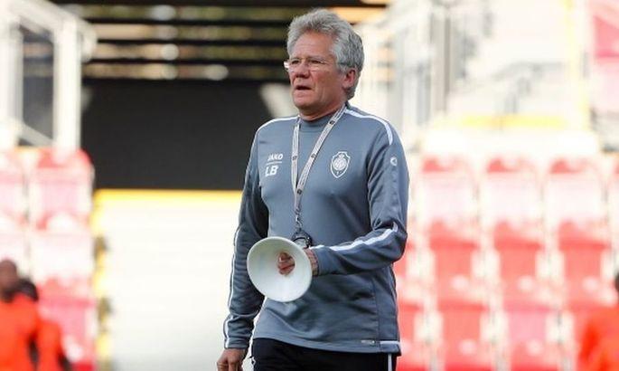 Гент уволил главного тренера Болони после конфликта с Яремчуком