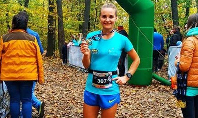 Украинская легкоатлетка потеряла сознание на марафоне и умерла после инсульта