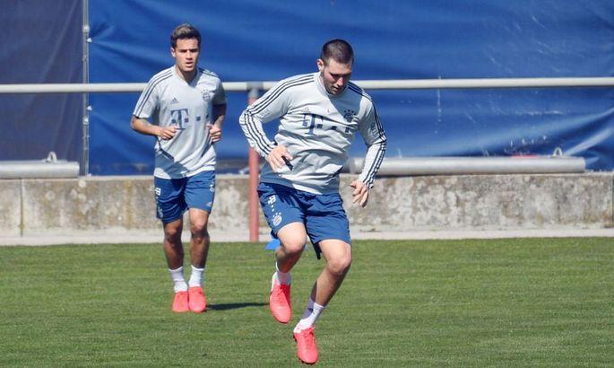 Коутіньо і Зюле приступили до тренувань. Захисник пропустив вісім місяців