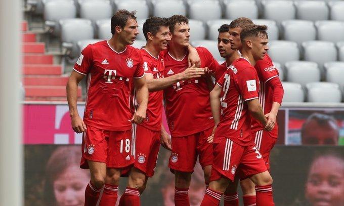 Рекорд Левандовски. Бавария - Фрайбург 3:1. Видео голов и обзор матча