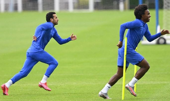 Официально: Виллиан и Педро продлили контракты с Челси до конца сезона