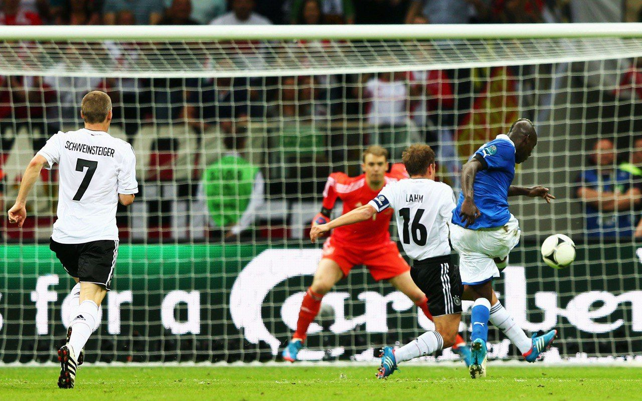 Ровно 8 лет назад Супер-Марио вывел Италию в финал Евро-2012 - изображение 2