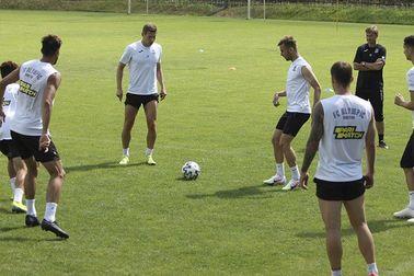 Мариуполь и Олимпик начали подготовку к своим матчам 29 тура - изображение 1
