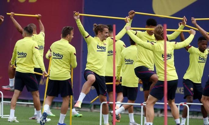 Шесть игроков Барселоны прошли внеплановую проверку на допинг. Среди них Гризманн, Видаль и Фати