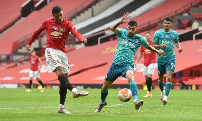 Ман Юнайтед громит Борнмут и выходит на четвертое место, Лестер окапывается на третьем