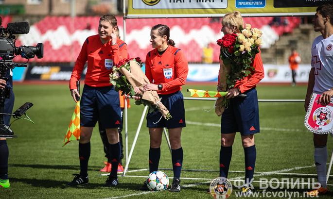 Розы, обнимашки с Хацкевичем и злая шутка от VAR. Ко Дню рождения Екатерины Монзуль - изображение 1