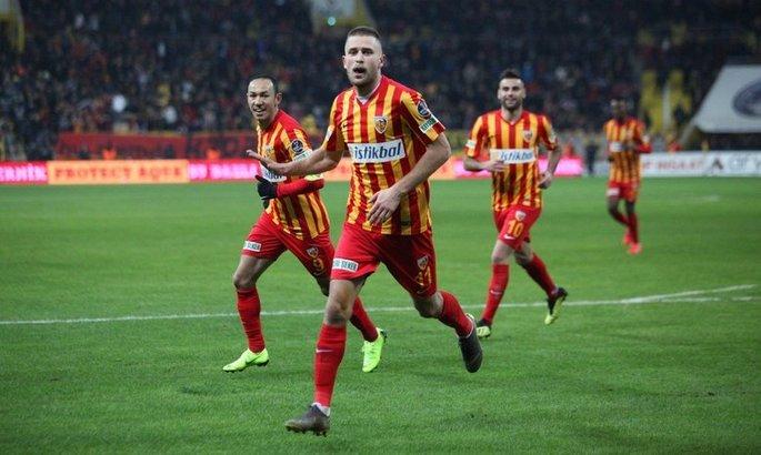 Кравець і Гармаш відзначилися голами в матчі чемпіонату Туреччини