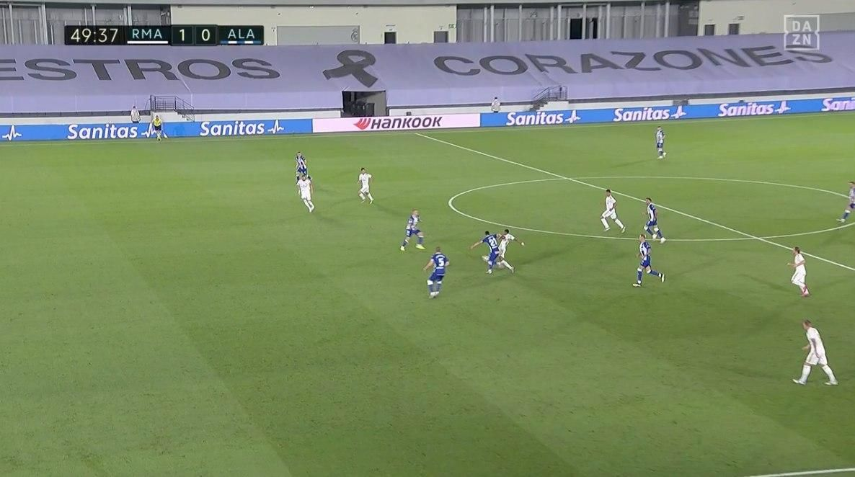 Прімера. 35-й тур. Реал - Алавес 2:0. Пенальті в тренді і без Рамоса - изображение 3