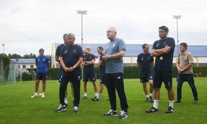 Суркис: Барсу мы уже когда-то обыгрывали, у игроков есть амбиции, а опытный тренер знает, как построить игру