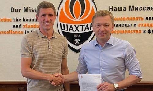 Шахтер подписал новый контракт с Сергеем Кривцовым