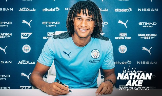 Офіційно: Манчестер Сіті підписав Натана Аке