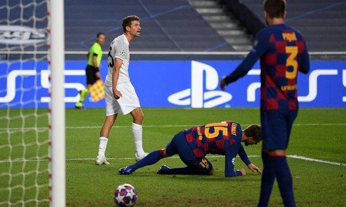 Барселона впервые пропустила четыре гола за тайм в еврокубках