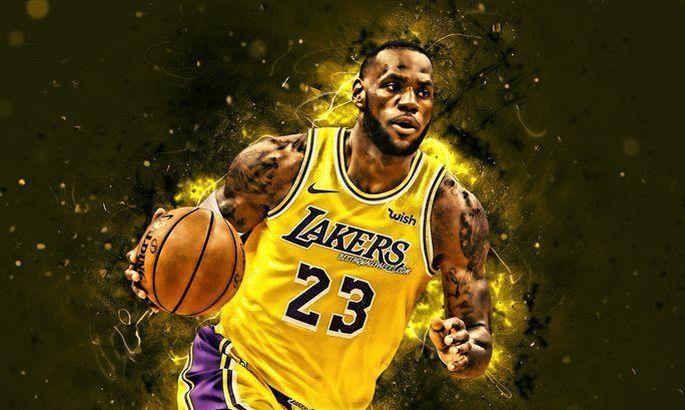 Леброн Джеймс первым в НБА заработал 1 миллиард долларов