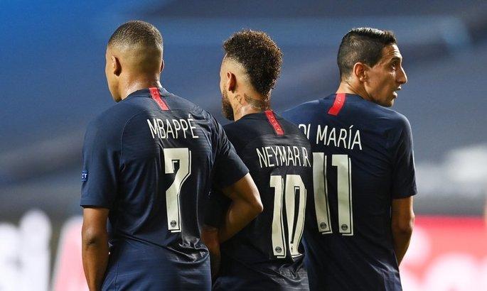 Ди Марию дисквалифицировали на четыре матча за плевок в сторону защитника Марселя