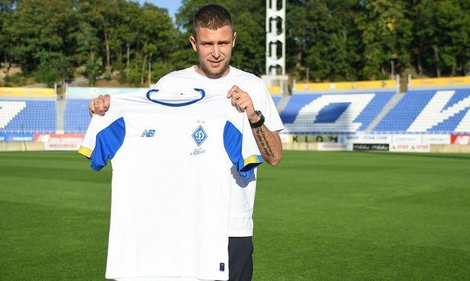 Официально: Артем Кравец вернулся в Динамо