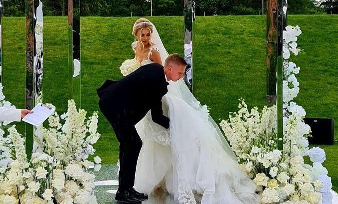 Зинченко и Седан сыграли свадьбу, на которой были Дан Балан и Вера Брежнева. ВИДЕО