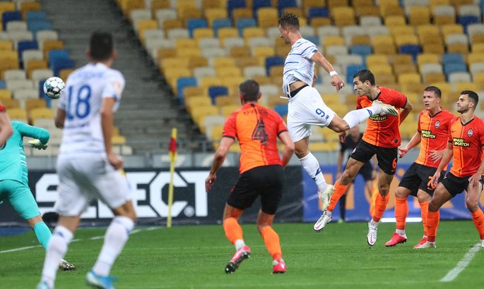 Динамо виграло Суперкубок, Мессі хоче піти з Барси. Головні новини за 25 серпня