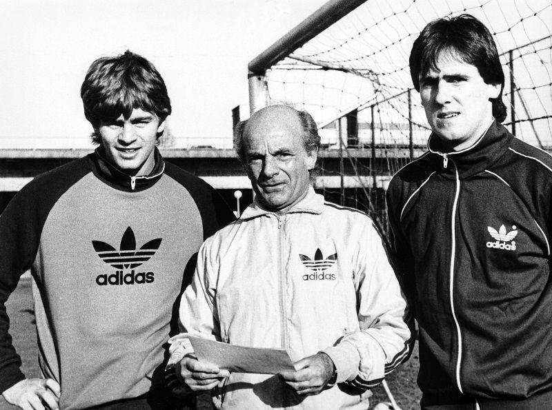 Они перехитрили Штази: как пара футболистов из ГДР прорвала Железный занавес - изображение 6